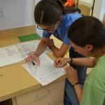 students in dry lab ID juvenile fish